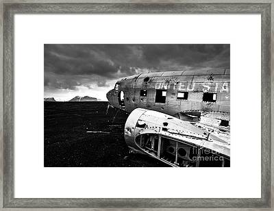 Framed Print featuring the photograph Dc-3 Iceland by Gunnar Orn Arnason