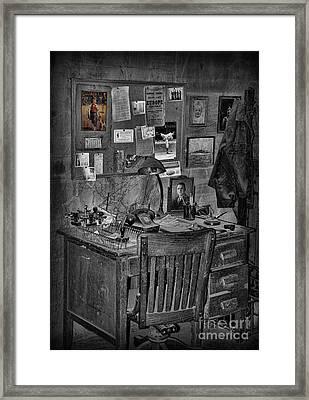 Dead-end Job Framed Print by Lee Dos Santos