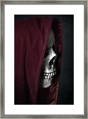 Dead Knight Framed Print by Joana Kruse
