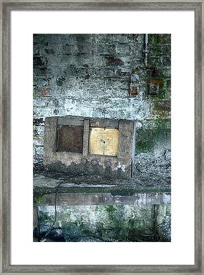 Decaying Vintage Radio Framed Print