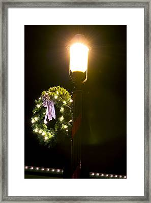 Decorating For Christmas Framed Print by Kenneth Albin
