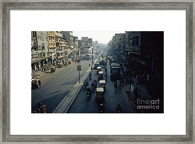 Delhi In The Daylight Framed Print by Scott Shaw