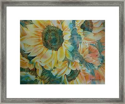 der Sonne entgegen Framed Print