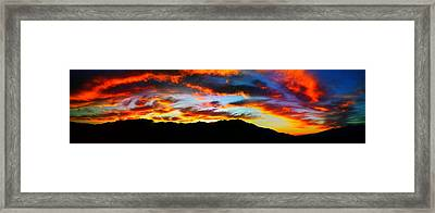 Framed Print featuring the photograph Desert Sunset 15 by Chris Tarpening