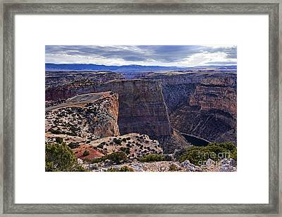Devil's Overlook Bighorn Canyon National Recreation Area Framed Print by Gary Beeler