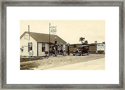 Diner And Gas Station In Plattsburgh N Y Around 1930