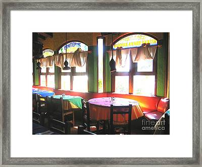 Dinner In Mazatlan Framed Print