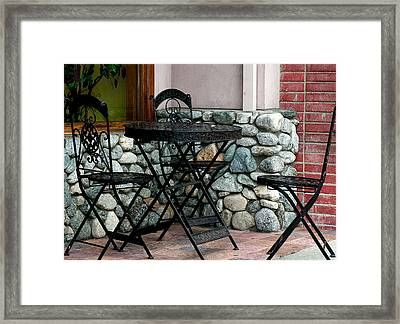 Dinning Out Framed Print by Camille Lopez