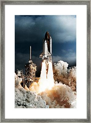 Discovery Hubble Launch Sts-31 Framed Print