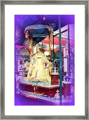 Display In Sydney Mall Framed Print by John Potts
