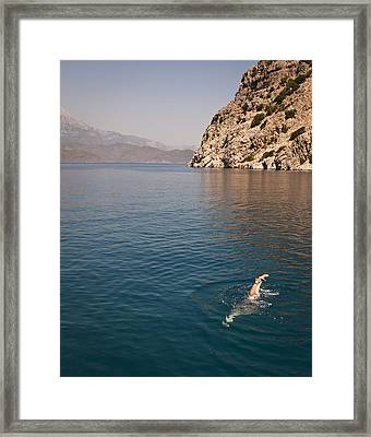 Diving Feet Framed Print