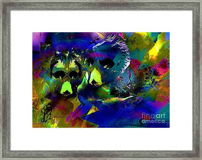 Do You See What I See? Framed Print by Doris Wood