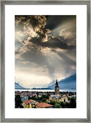 Domaso Sunrays Framed Print