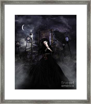 Dont Look Back Framed Print by Shanina Conway