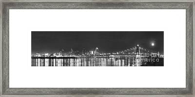 Downtown Cincinnati In Black And White Framed Print by Twenty Two North Photography