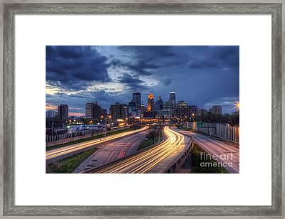 Downtown Minneapolis Skyline On 35 W Sunset Framed Print by Wayne Moran