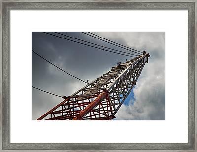 Dragline 553 Framed Print by Rudy Umans