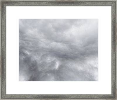 Dramatic Sky Framed Print by Les Cunliffe