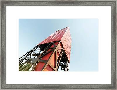 Drilling Rig Framed Print by Wladimir Bulgar