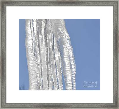 Framed Print featuring the photograph Drip Caught In Action by Luther Fine Art