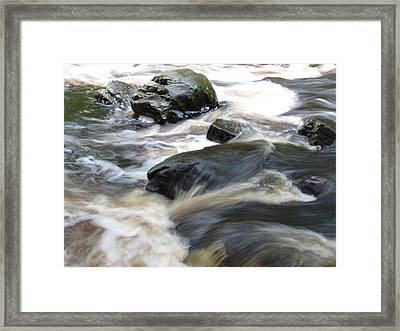 Drowning Images Framed Print by Richard Reeve