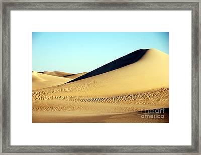 Duna Mar De Arenas Framed Print