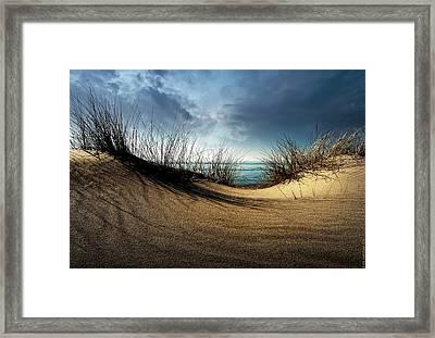 Dunes........... Framed Print