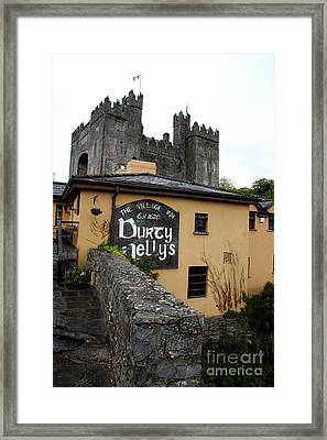 Durty Nellys And Bunraty Castle Framed Print