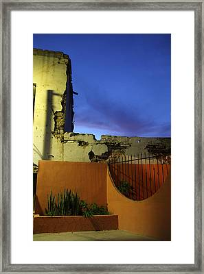 Dusk In San Ignacio Framed Print by Linda Queally