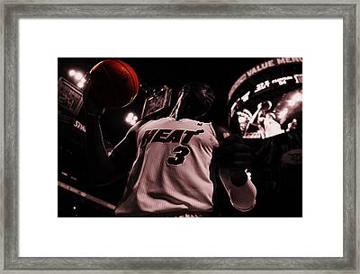 Dwyane Wade Ready To Go Framed Print by Brian Reaves