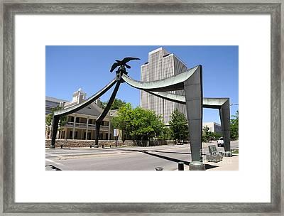 Eagle Gate Historic Momon Monument In Salt Lake City - Utah Framed Print by Gary Whitton