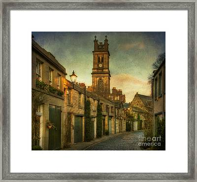 Early Morning Edinburgh Framed Print by Lois Bryan