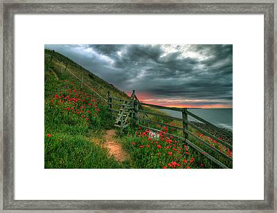 Early Morning Glow Framed Print by EXparte SE
