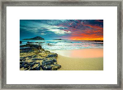 Framed Print featuring the photograph Early Morning Sunrise by Robert  Aycock