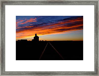 Early To Rise.. Framed Print by Al  Swasey