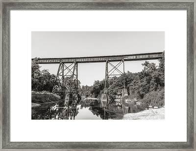 Ebc-13 Framed Print by Bob King