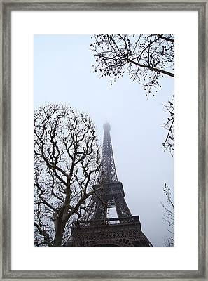 Eiffel Tower - Paris France - 011318 Framed Print