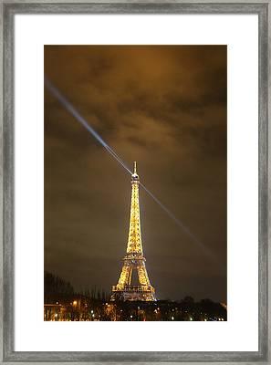 Eiffel Tower - Paris France - 011349 Framed Print by DC Photographer