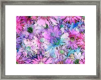 Ein Zarter Blumentraum Framed Print