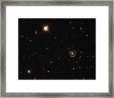 Einstein Ring Around Lrg 3-757 Framed Print by Science Source