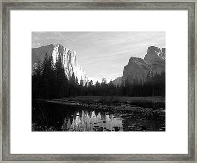 El Capitan 2 Framed Print by Thomas Leon