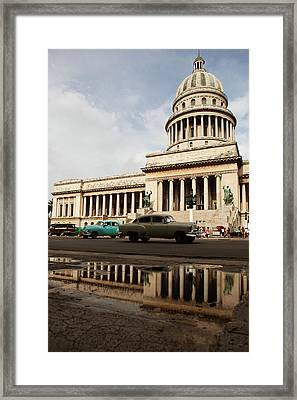 El Capitolio Framed Print