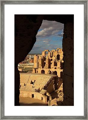 El Jem Framed Print by Lucas Vallecillos - Vwpics
