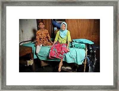 Elderly Women With Leprosy Framed Print
