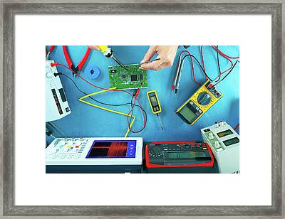 Electronic Measuring Instruments Framed Print by Wladimir Bulgar
