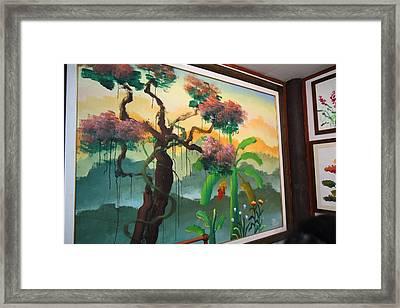 Elephant Painting - Maesa Elephant Camp - Chiang Mai Thailand - 01134 Framed Print by DC Photographer