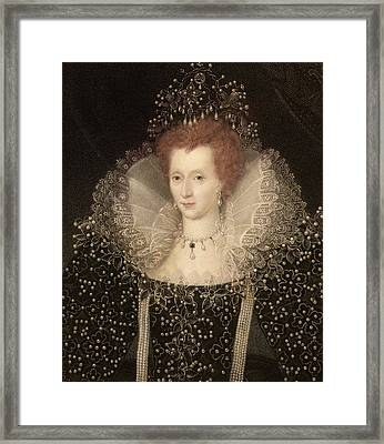 Elizabeth I Framed Print by Paul D Stewart