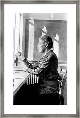 Elizabeth Laird Framed Print by Emilio Segre Visual Archives/american Institute Of Physics
