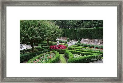 Elizabethan Gardens 3156 Framed Print