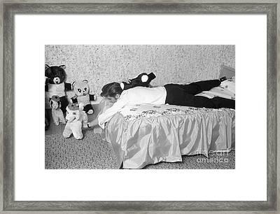 Elvis Presley At Home With His Teddy Bears 1956 Framed Print